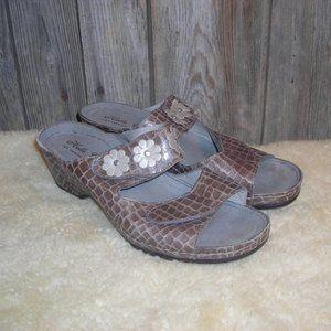 Helle Comfort Croc Embossed Flower Wedge Sandals
